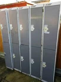 Double lockers
