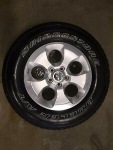 Take Offs: Set of (5) 2015 Jeep Wrangler Unlimited Sahara Wheels
