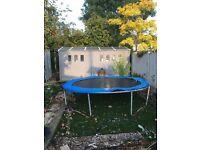 trampoline 10 feet wide
