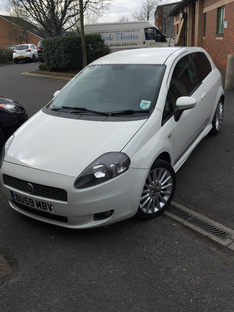 fiat grande punto 1 4 t jet sporting 3 door white 2009. Black Bedroom Furniture Sets. Home Design Ideas