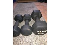 4c773104485 10kg   5kg x 2 Fixed Weight Rubber Coated Cast Iron Dumbbells (weights