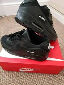 Nike Air Max 90 black size 9