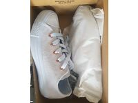 Converse All Star Low Leather Trainers Porpoise Vapour Pink Exclusive - Size 3