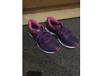 ASICS gel nimbus 19 female would FIT a size 6-6.5 as MADE SMALL size 7.5 (worn five times or so)