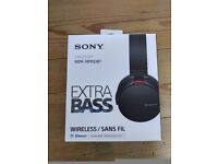 Sony MDR-XB950BT Headphones NEW