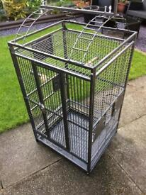 LARGE BIRD OR ANIMAL CAGE. SUITABLE FOR PARROTS, COCKATIELS OR CHINCHILLAS