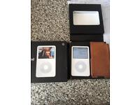 Ipod classic 80GB boxed with leather case