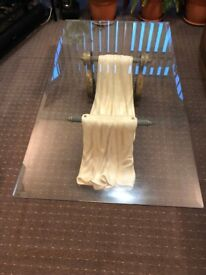 TEMPERED GLASS COFFEE TABLE - EXCELLENT CONDITION