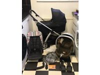 MAMAS AND PAPAS SOLA PRAM / TRAVEL SYSTEM WITH CARRYCOT CAR SEAT VERY GOOD CONDITION