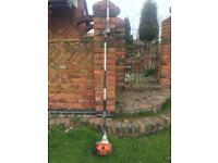Stihl Hl100 Long reach hedgetrimmer