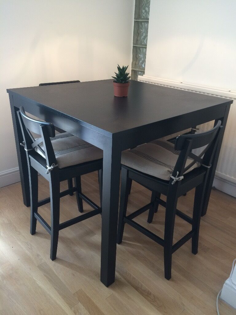 Bjursta High Table With 4 Ingolf Bar Stools And Cushions