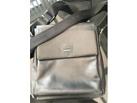 Hugo boss gents bag