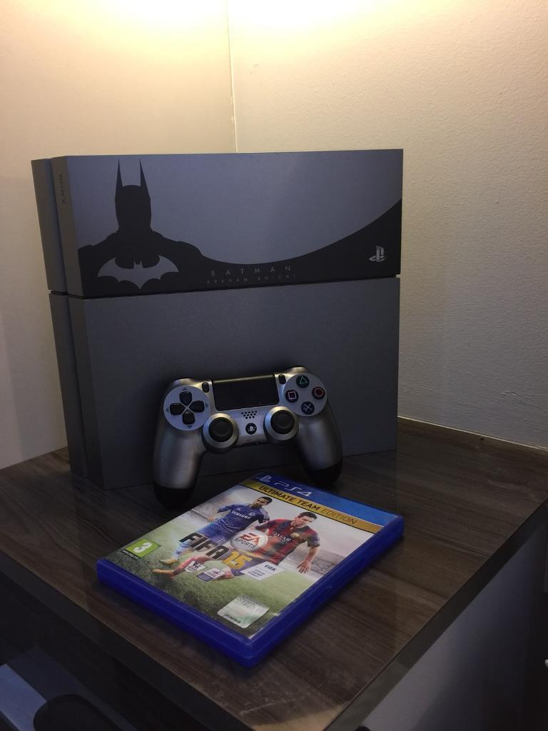 Playstation 4 ARKHAM KNIGHT EDITION (MINT CONDITION)
