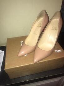 Size 5 Christian louboutin shoes