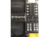 Traktor X1 mk2 Dj Controller (case included)