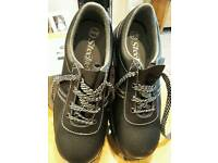 Brand new steel toe cap size 8 shoes