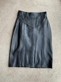 Size 8 Sardar black leather pencil skirt