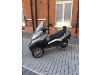 Piaggio mp3 300lt can be driven on car licence MUST VIEW