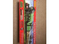 Hornby R1167 The Flying Scotsman Train Set (3 Coach Version Red Box) USED, BOXED