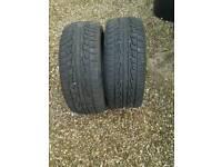 2x tyres