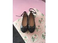 Girls size 1 Navy dolly shoes with ankle straps