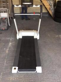 Reebok i run fold away treadmill