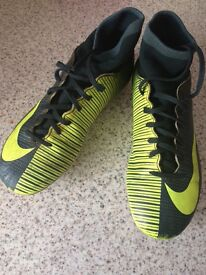 Nike CR7 sock football boots size 4