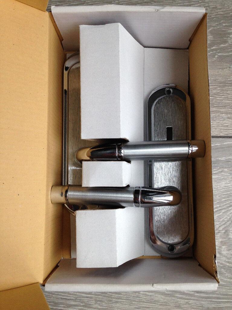 Wilko Chateau Lock Matt & Polished Chrome Door Handles   in ...