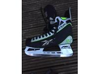 Men's size 10 ice skates - very good condition