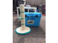 Cat/pet carrier and scratch stand