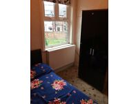 All bills and wifi inclusive double room to let levenshulme suits to female