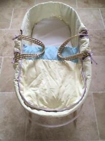 Moses basket and blankets