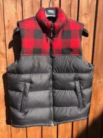 The North Face Nuptse Vest Black and Red Plaid Size Large