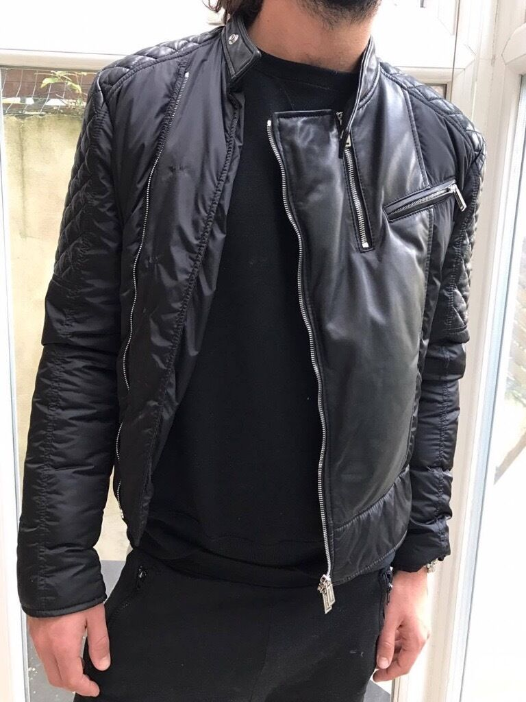 Dsquared down jacket with leather detailsSIZE 52in Fulham, LondonGumtree - Down jacket from Dsquared with leather details. Original price £1430. Size 52