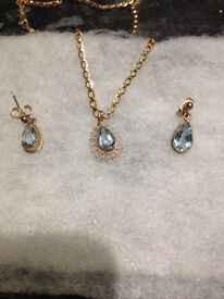 AQUAMARINE & GOLD, NECKLACE AND EARRINGS SET