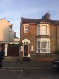 IMMACULATE 4/5 BEDROOM HOUSE TO LET ON GOODALL ROAD LEYTON LONDON E11