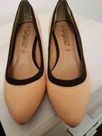 Brand New Mustard Heels