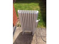 portable heater in good working order - white