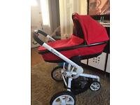 Quinny Moodd foldable carrycot- Red Rumour
