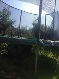 Jumpking Jumppod oval trampolive 15ft x 10ft bed and springs are fine but needs new safety enclosure