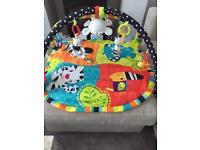 Bright stars play mat