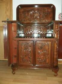 Oriental drinks/cocktail cabinet