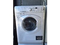HOTPOINT free standing washing machine 6 kg display model nice condition & fully working order