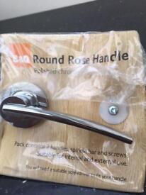 2x door handles brand new