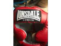 Lonsdale head guard