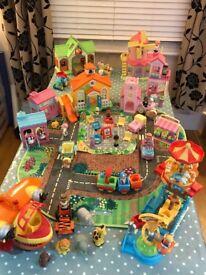 Extensive Happyland toy village