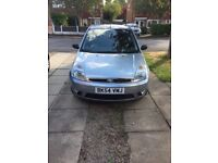 Ford Fiesta flame 1,4 low miles