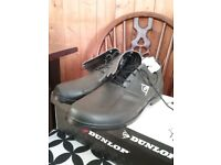 Brand new, Size 12 mens Dunlop Golf Shoes. Black