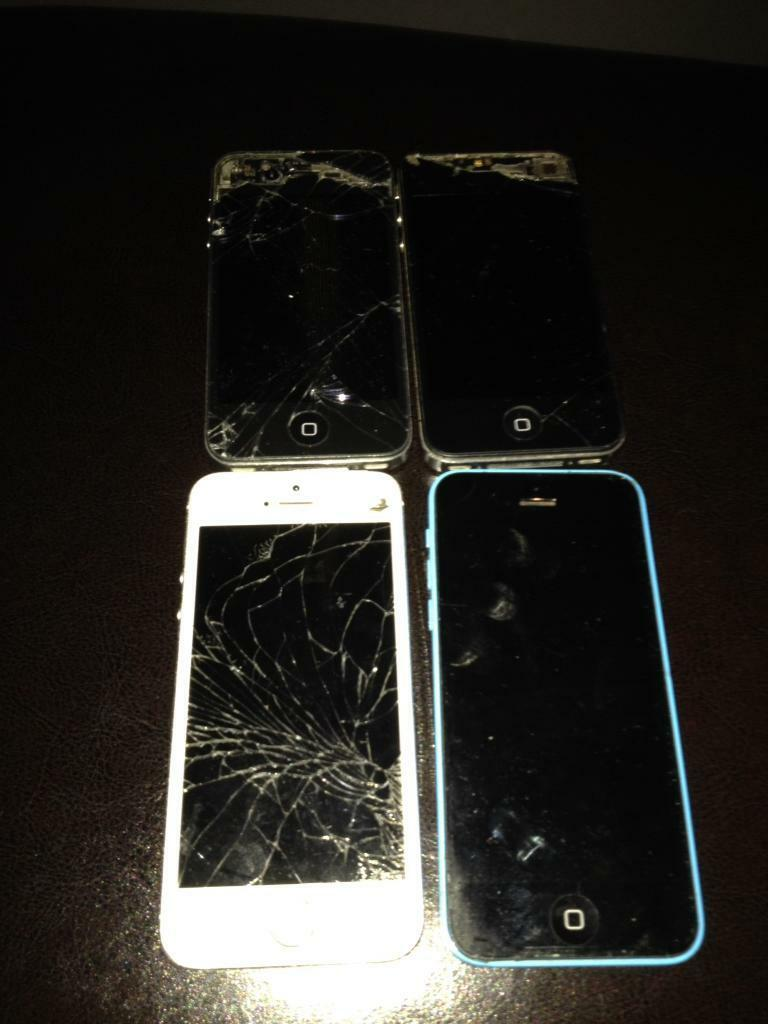 4 Apple iPhones sold as seen/spares of repairs (iPhone 4 iPhone 5s iPhone 5cin Ashton under Lyne, ManchesterGumtree - Iphone 4/4/5c/5s for sale, sold as seen/spares or repairs as not sure if any work hence the price