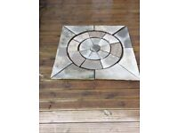 Stone circle in square setting Natural Stone GREY